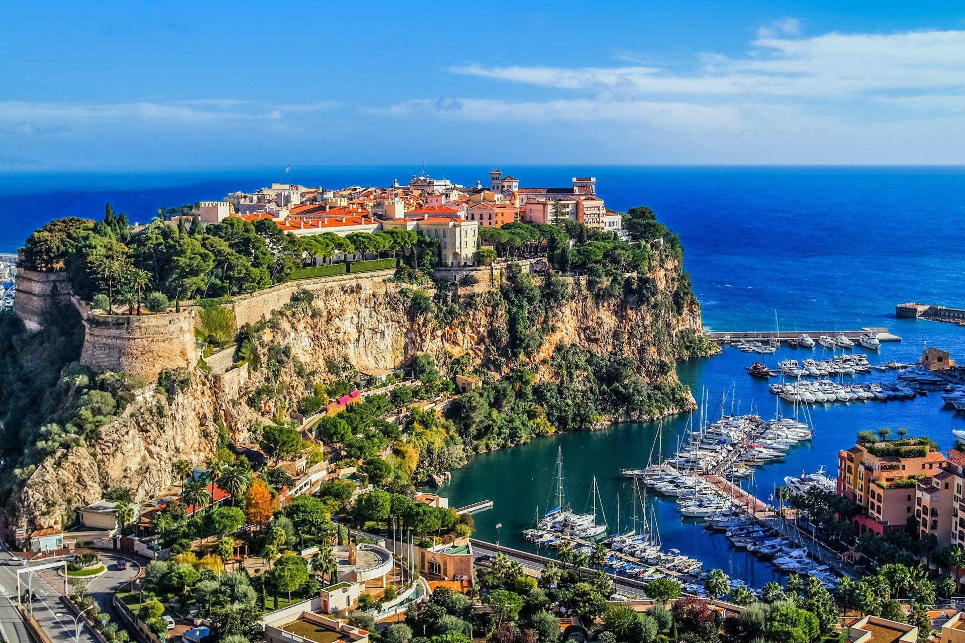 Palais princier de Monaco sur le rocher
