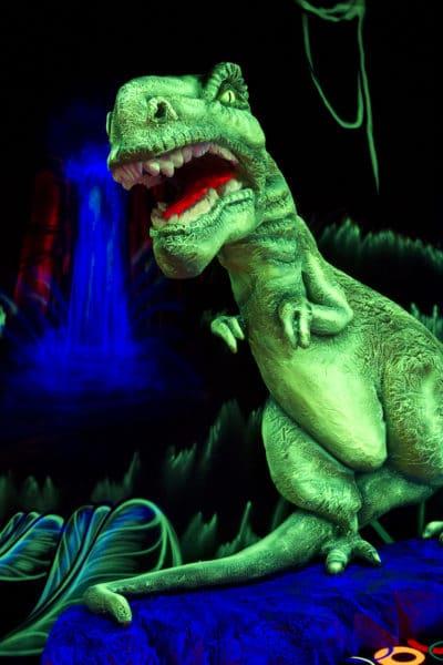 Dinosaures du mini-golf de Fun City