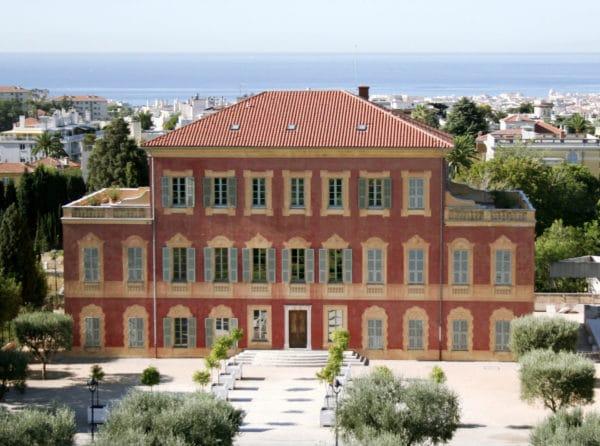 Musée Matisse, sa villa dans les jardins des Arènes