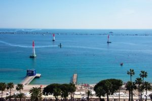 cannes-red-bull-air-race-image-croisette-rand-hotel-vue