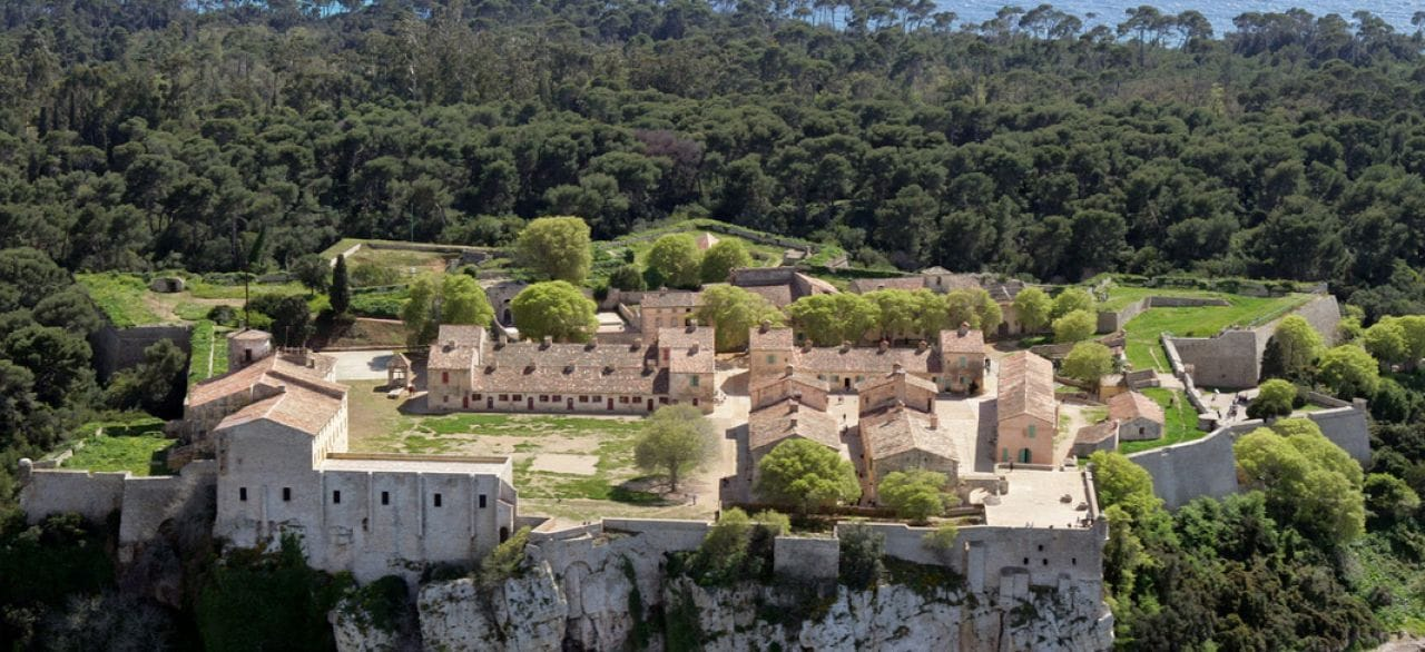 Остров Святой Маргариты и Королевский форт