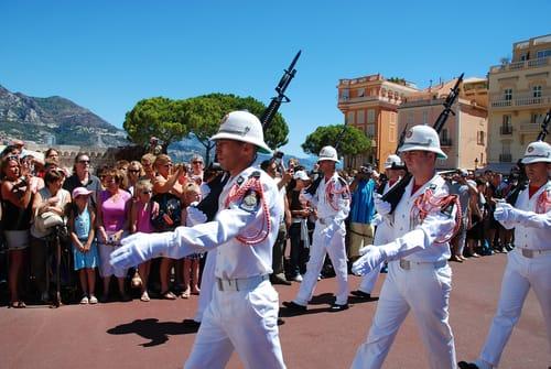Relève de la garde Palais princier de Monaco