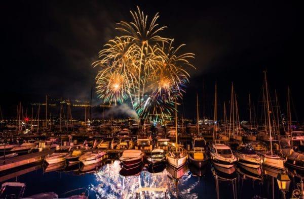 copyright ThierryBBOstudio - feux d_artifice depuis le port
