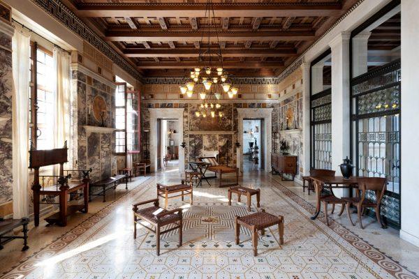 L'immense bibliothèque de la Villa Kérylos