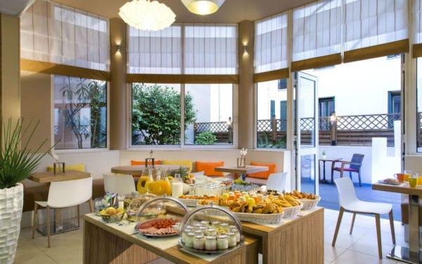 SR_France_Cannes_Cit Croisette_Breakfast rm 03-HR