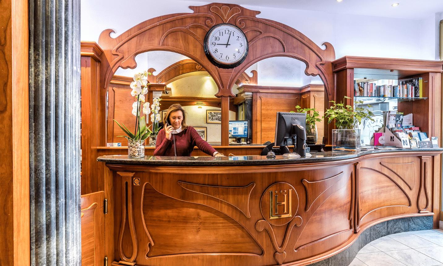 Hôtel L'Univers à Nice - Photo