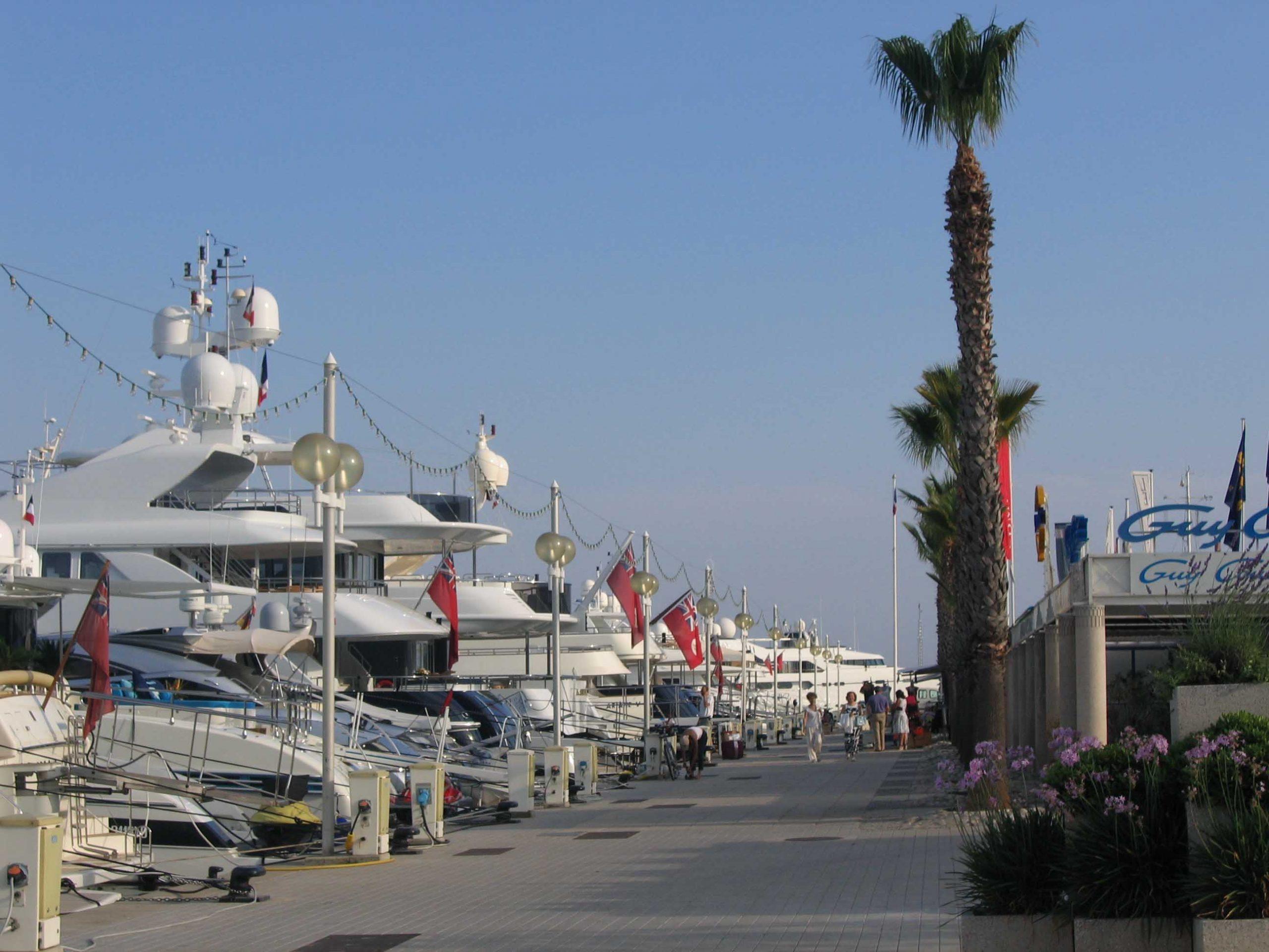 Port Camille Rayon Ville de Vallauris