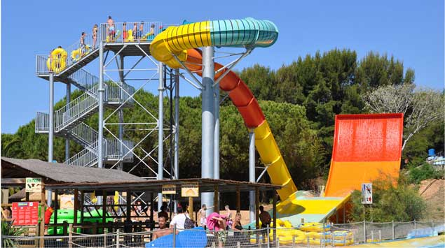 Spännande attraktioner: Aqualand Saint Cyr